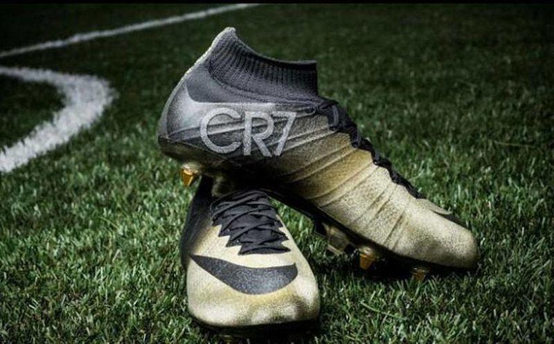 Diamantes A Ronaldo Con Cristiano Homenaje Rinden Zapatos TlKFc1J3