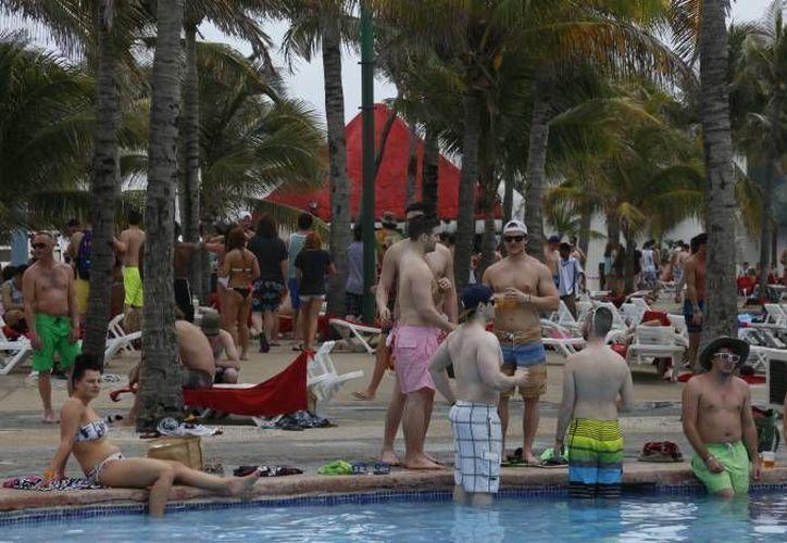 Los principales mercados del turismo estadounidense hacia México son Texas, California, Illinois, Georgia, Nueva York, Florida y Arizona. (Redacción/SIPSE)