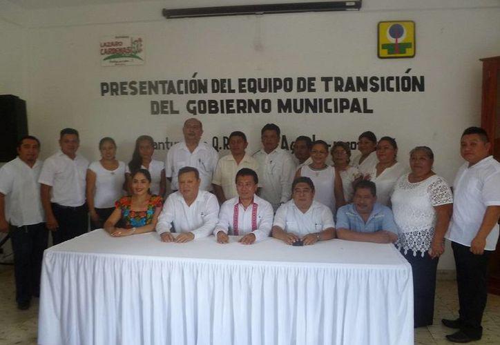 En la sala de juntas del Ayuntamiento se realizó la presentación. (Raúl Balam/SIPSE)