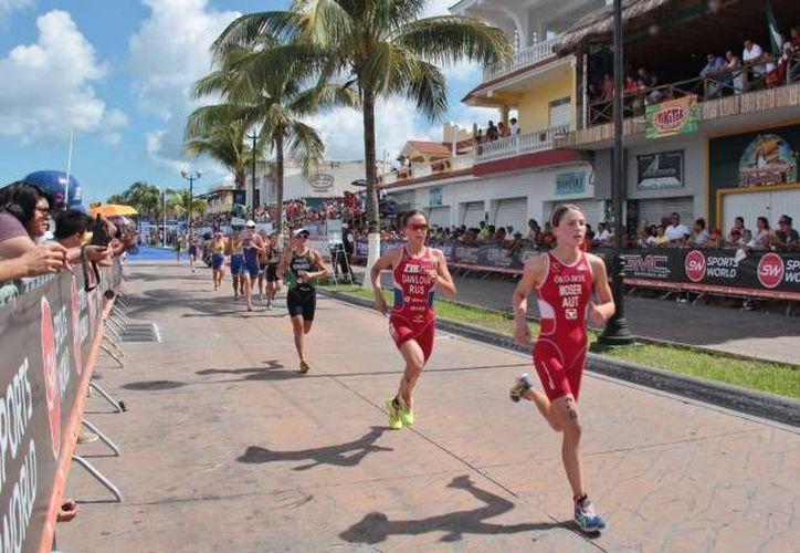 El promedio de clasificados por selectivo fue de 50.2 triatletas. (Gustavo Villegas/SIPSE)