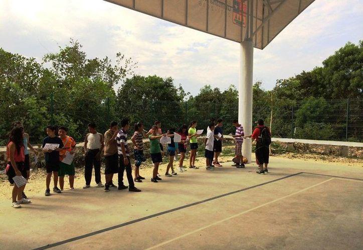 A partir del viernes se empezaron a aplicar las pruebas físicas entre la comunidad juvenil. (Redacción/SIPSE)