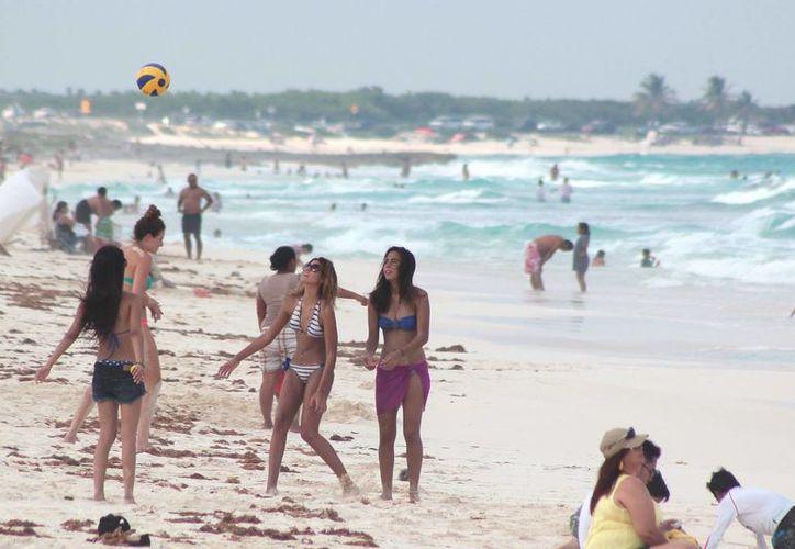 """Las playas más concurridas son """"Chen Rio"""" y """"San Martín"""". (Gustavo Villegas/SIPSE)"""