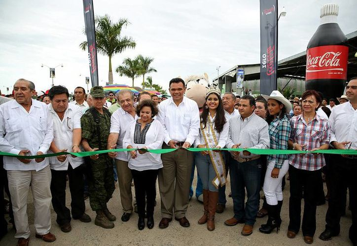 Inauguración de la Expo Feria Tizimín 2014. (SIPSE)