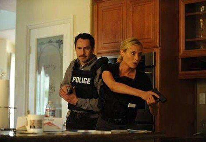 Diane Kruger y Demián Bichir protagonizaron la serie The Bridge en EU. (Milenio Novedades)