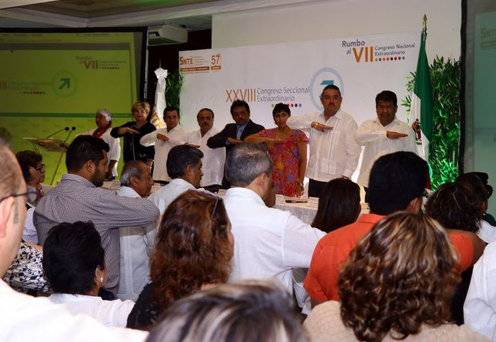 El SNTE inauguró el XVIII Congreso Extraordinario a solicitud del Comité Ejecutivo Nacional. (Foto: Milenio novedades)