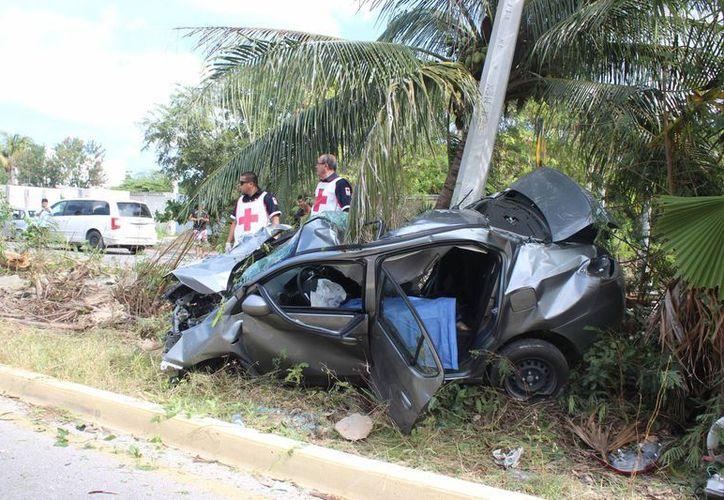 Un conductor perdió la vida en la carretera Punta Sam- Isla Mujeres. (Redacción/SIPSE)
