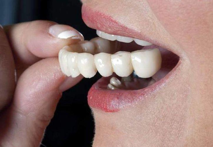 El Patronato de la Beneficencia Pública otorgará prótesis dentales a 50 adultos mayores. (Milenio Novedades)