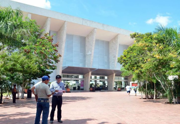 Con la nueva especialidad de Enfermera Cardióloga que ofrecerá el Hraepy se fortalecerá el sector cardiológico en Yucatán. (SIPSE)