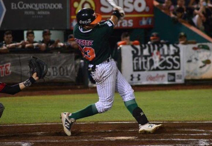 Leones enfrentará a Piratas de Campeche, en busca de escalar posiciones en la Liga Peninsular. Ambos equipos suman siete victorias y cinco derrotas. (Milenio Novedades)