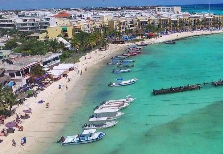 Alrededor de 100 embarcaciones ubicadas en la zona conocida como El Recodo de Playa del Carmen, no están preparadas para un huracán. (Daniel Pacheco/SIPSE)