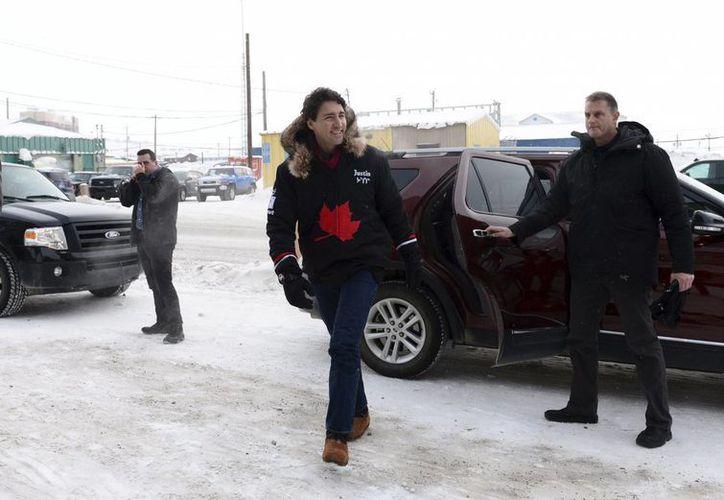 Justin Trudeau, primer ministro de Canadá, estará en la Casa Blanca este lunes. (The Canadian Press)