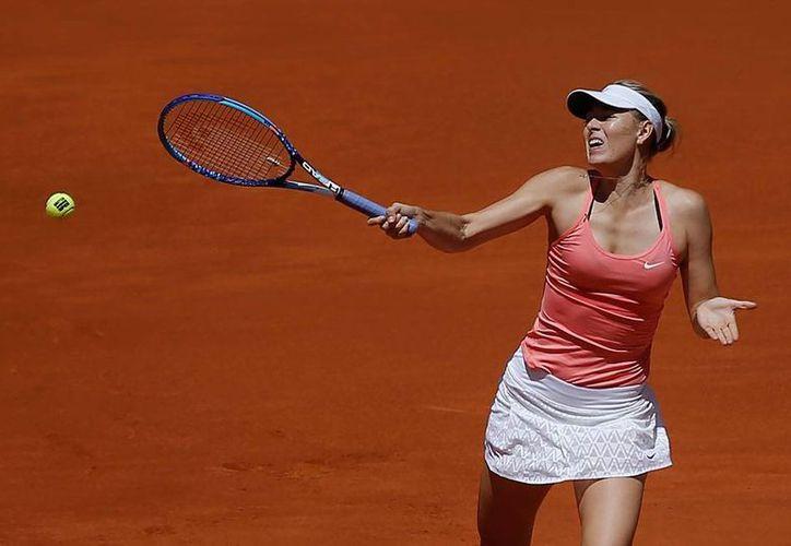 Maria Sharapova no tuvo problemas para vencer a su rival Mariana Duque en el Abierto de Madrid. (AP)