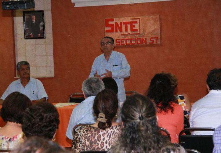 Este jueves dio comienzo el proceso para elegir al nuevo secretario general de la Sección 57 de la SNTE así como a 112 delegados. (Jorge Acosta/Milenio Novedades)