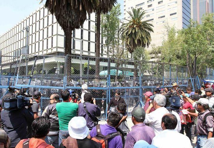 Señalan que las manifestaciones de la Coordinadora afectan la movilidad de los ciudadanos. (Archivo/Notimex)