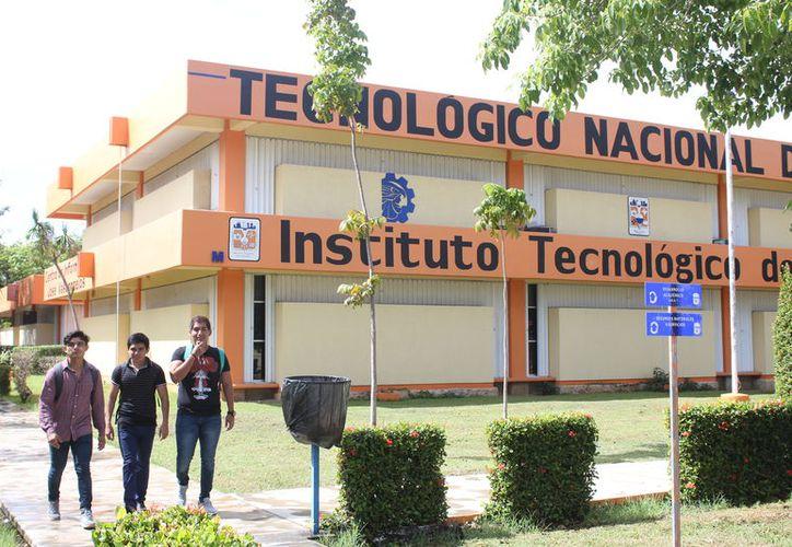 Este 8 de octubre el Instituto Tecnológico de Chetumal cumplió 43 años. (Daniel Tejada/SIPSE)
