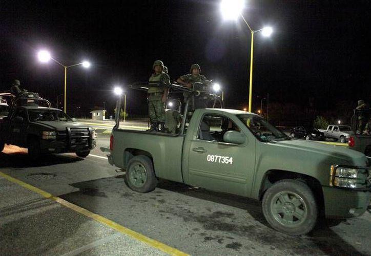 Una presunta lucha de poderes entre grupos delincuenciales desató una jornada violenta en Ciudad Victoria, Tamaulipas, con saldo de al menos 14 muertos y cuatro heridos (Foto de contexto de Ciudad Victoria tomada de proceso.com.mx)