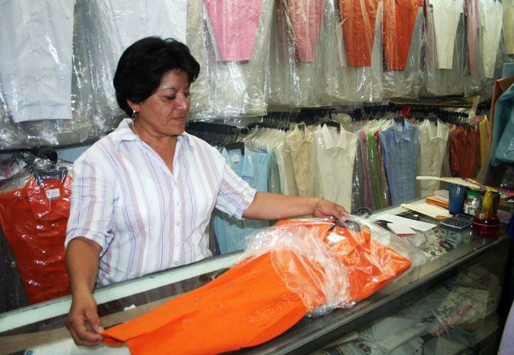 La competencia desleal y la piratería son los principales obstáculos de los empresarios textiles de Yucatán. (SIPSE)