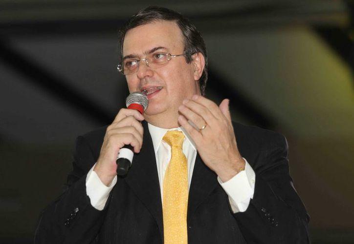 El exjefe de Gobierno del DF insistió en realizar un plebiscito nacional sobre la Reforma energética. (Archivo Notimex)
