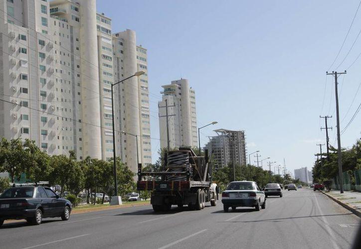 El Ayuntamiento indicó que esta avenida ha resultado más práctica para los desfiles. (Tomás Álvarez/SIPSE)