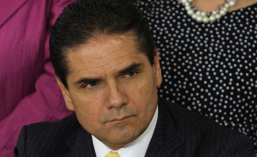 Silvano Aureoles rechazó que la renuncia de Fausto Vallejo podría solucionar el problema en Michoacán. (Notimex/Foto de archivo)