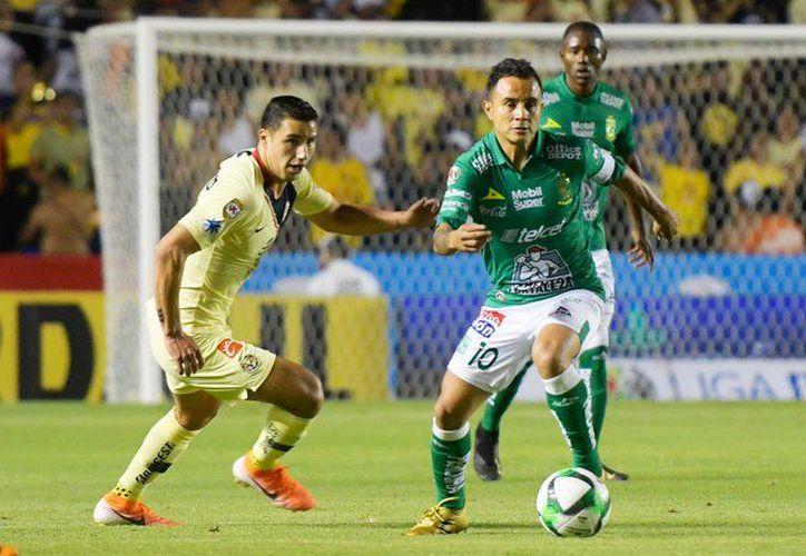 El líder León se mostró tan ofensivo como en toda la temporada pero sufrió muchos apuros atrás (Foto: @clubleonfc)