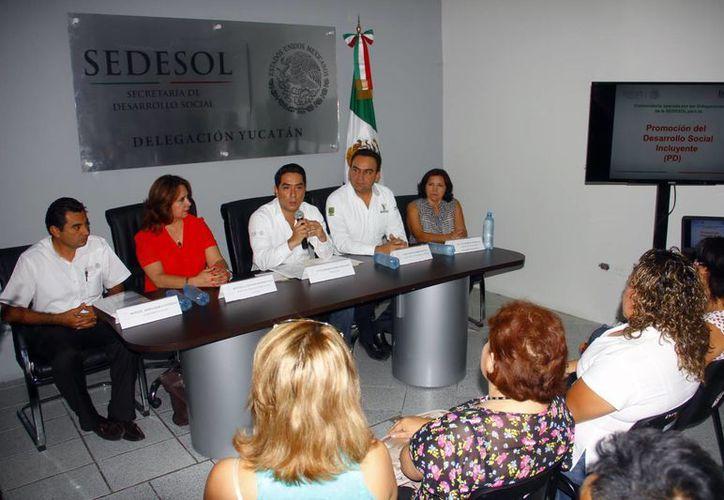 """La Sedesol detalló los beneficios del """"Programa de Coinversión Social"""". (Juan Albornoz/SIPSE)"""