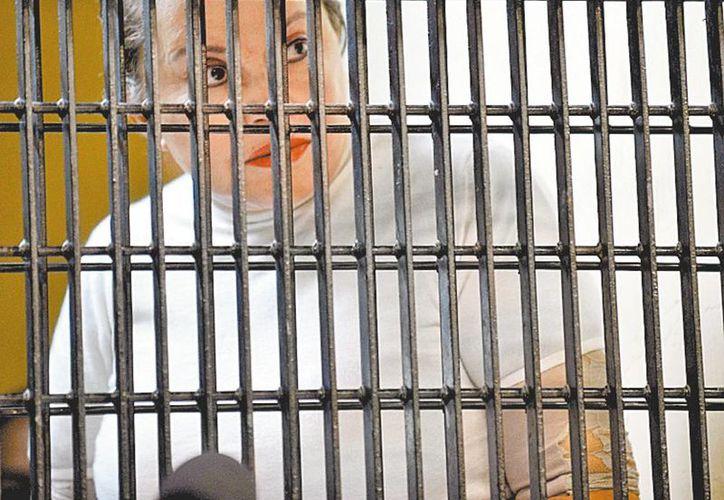 La exdirigente del sindicato de maestros, seguirá en la cárcel. (Milenio)
