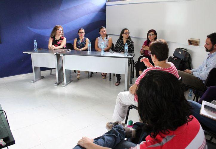 La asociación inicia con investigadores, psicólogos, psicólogos sociales, supervisores de casos y un psiquiatra. (Adrián Barreto/SIPSE)