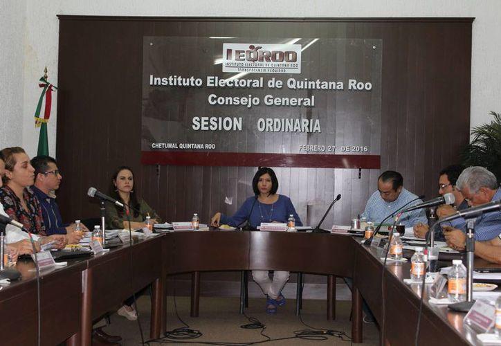 La Consejera Electoral Claudia Carrillo Gasca falseó información para obtener el cargo. (Ángel Castilla/SIPSE)