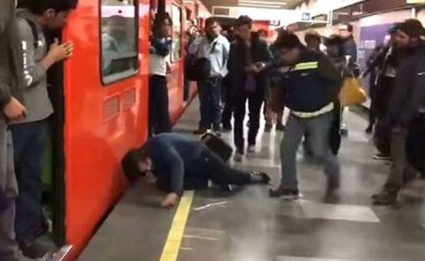 Los pasajeros dijeron estar hartos de la inseguridad en el metro. (Internet)