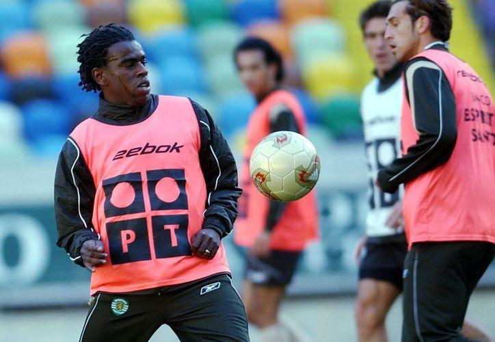La escena de racismo protagonizada contra el jugador del Cruzeiro, Paulo César Fonseca, fue uno de los asuntos más comentados en Brasil mediante Twitter. (EFE/Archivo)