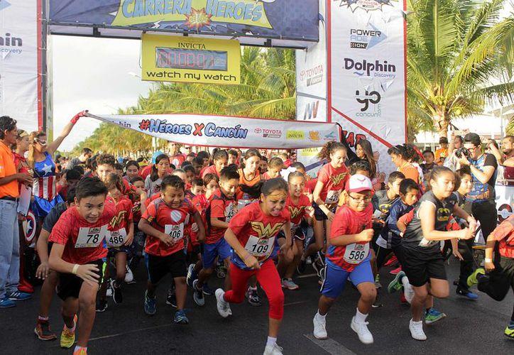 La carrera de superhéroes es 100 por ciento familiar, por lo que pueden participar niños y adultos. Foto: Raúl Caballero/SIPSE