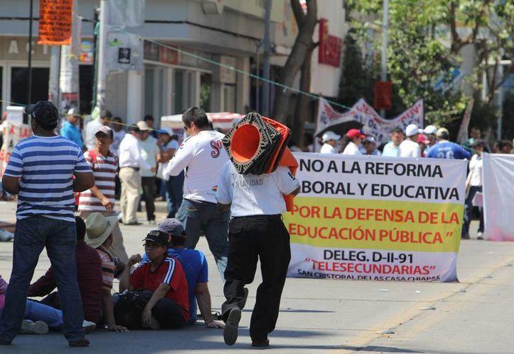 Maestros disidentes de Guerrero no podrán cobrar su quincena, pues no se presentaron a trabajar. (Archivo Notimex)