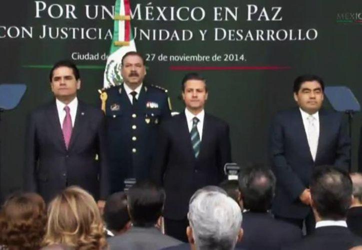 El Presidente anunció que propondrá la creación obligatoria de policías estatales únicas. (presidencia.gob.mx)