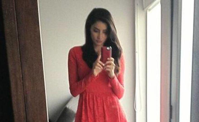 Paolas Núñez presume su nuevo look en su cuenta de Twitter. (@PAOLANUNEZ)