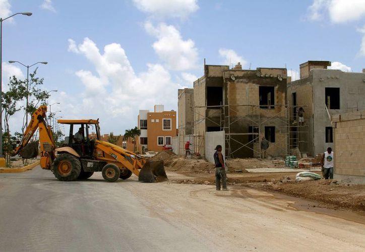 El número de viviendas en Solidarida pasará de 70 mil a 105 mil en cinco años, proyectó el presidente municipal, Mauricio Góngora Escalante.  (Adrián Moroy/SIPSE)