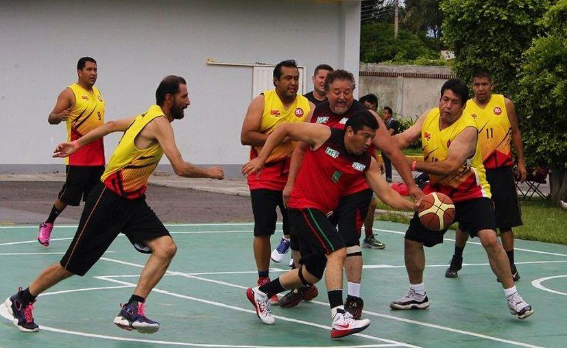 En estos juegos se les permite a los trabajadores desarrollarse en los deportes que ellos elijan. (Foto: México Nueva Era).
