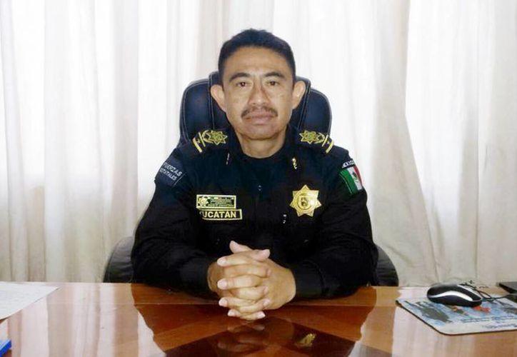 Mario Humberto Caamal Salas, director de la Policía Municipal, anunció la puesta en marcha del operativo de vigilancia en convoy en coordinación con la policía Municipal y Estatal por las zonas más problemáticas del puerto. (Milenio Novedades)