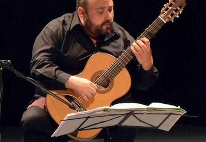 Pablo Gómez es uno de los connotados creadores escénicos en el país. (Milenio Novedades)