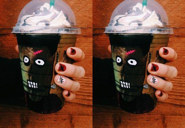 Starbucks celebra Halloween desde 2014 en diferentes países con ediciones especiales de Frappuccino, tales como Franken Frappuccino y Frappula Frappuccino. (Brand Eating)