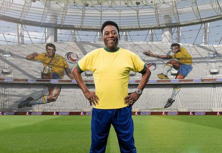 Pelé afirmó que para este mundial, no tiene favoritos, ni siquiera Brasil. (Internet)