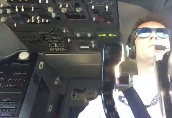 El piloto controló la nave contra el fuerte viento. (Foto: Agencia)