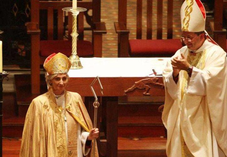 Kay Goldsworthy se consagró como la primera mujer obispo de Australia el 22 de mayo de 2008. (Archivo/AP)