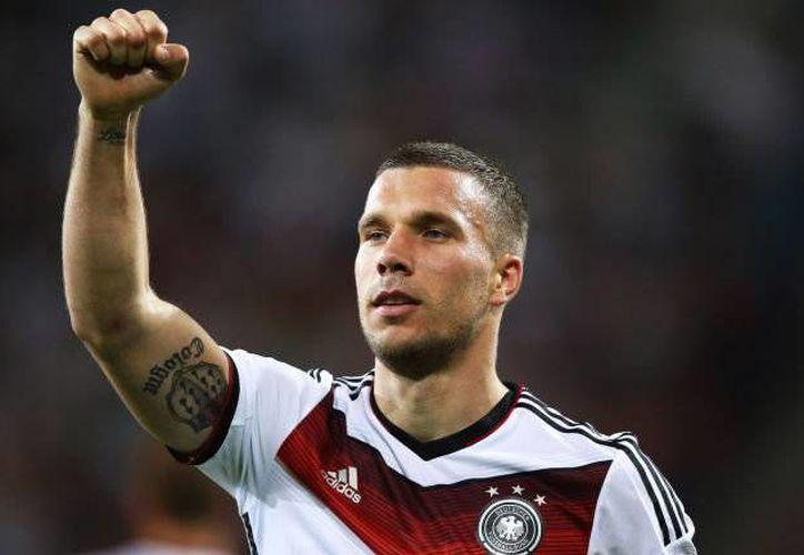 Lukas Podolski no fue tomado en cuenta para el choque contra Southampton por una dolencia en la ingle. (skysports.com)