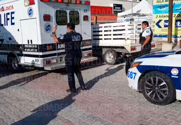Trasladan a heridos a centros hospitalarios para su atención. (SIPSE)