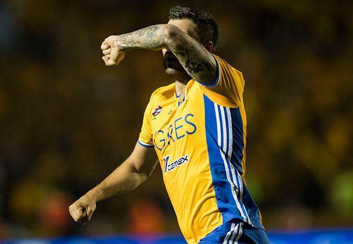 Tigres logró un marcador 2-2 en contra de Chivas. (Récord)