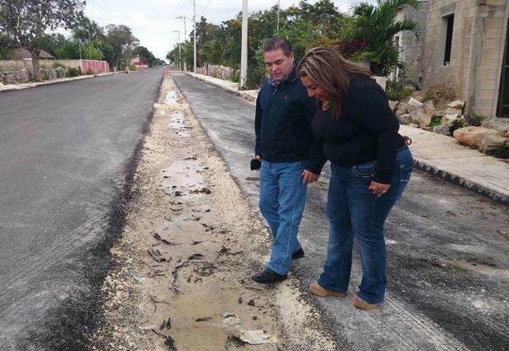 """La empresa """"Remolcadores para la Construcción, S.A. de C.V."""", que se adjudicó el contrato por casi 12 millones de pesos no ha terminado las obras viales con la calidad esperada. (Cortesía)"""
