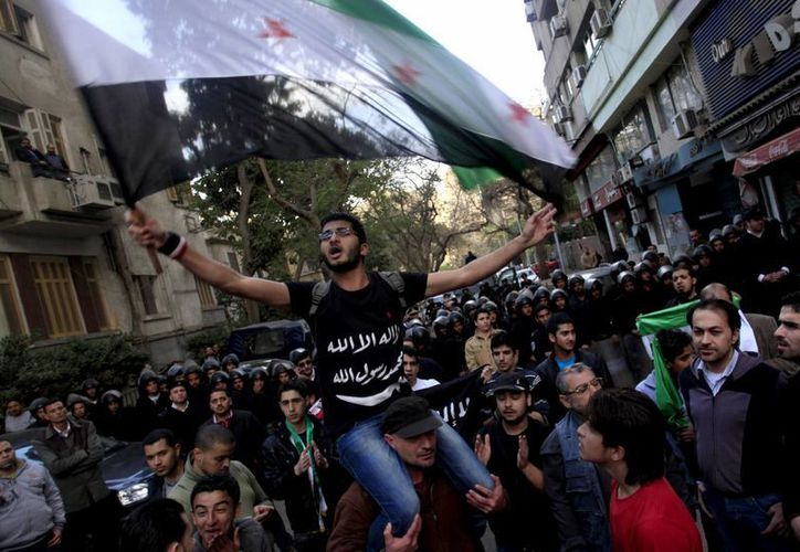 Tras casi dos años de conflicto, Bashar al-Assad no está dispuesto a ceder. (Agencias)