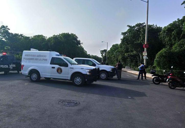 El cuerpo fue hallado junto a la banqueta de la privada Sacbé. (Redacción/SIPSE)