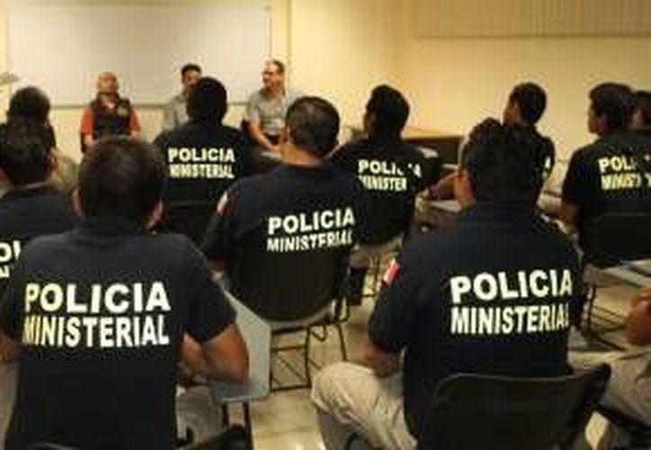 El fin de la capacitación es mejorar las habilidades de los policías para actuar correctamente ante el conocimiento de la noticia criminal. (Cortesía)